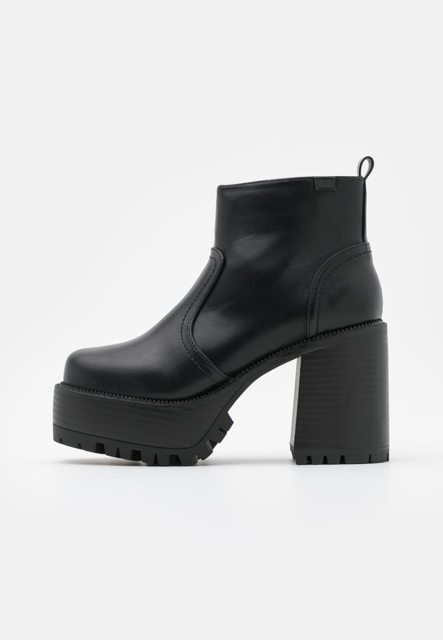 BRAT - Bottines à plateau - black
