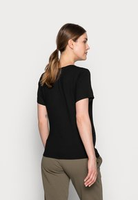 Dorothy Perkins Maternity - BABY ITS COLD OUTSIDE TEE - Print T-shirt - black - 2