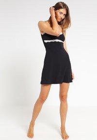 Skiny - SOFT HARMONY - Noční košile - black - 1