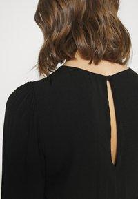 Forever New - JESSICA LONG SLEEVE SMOCK DRESS - Day dress - black - 4
