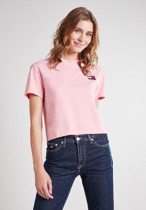 Basic T-shirt - pink icing