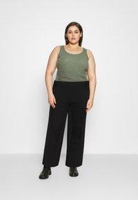 Vero Moda Curve - VMETHA CULOTTE PANT - Bukse - black - 1