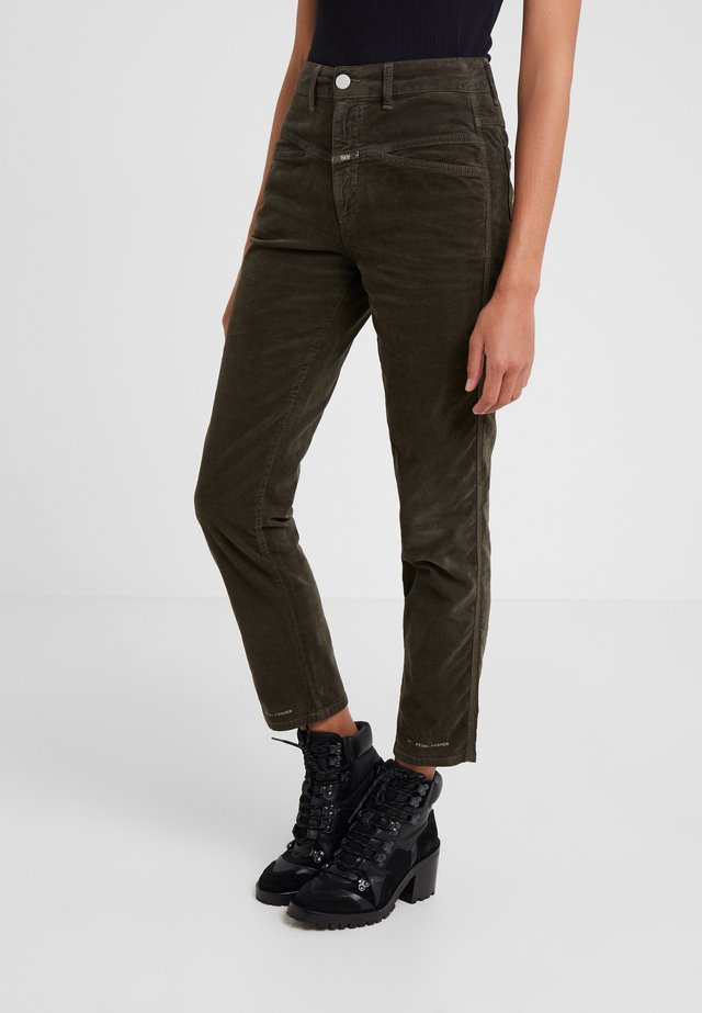 PEDAL PUSHER - Jeansy Relaxed Fit - sea tangle