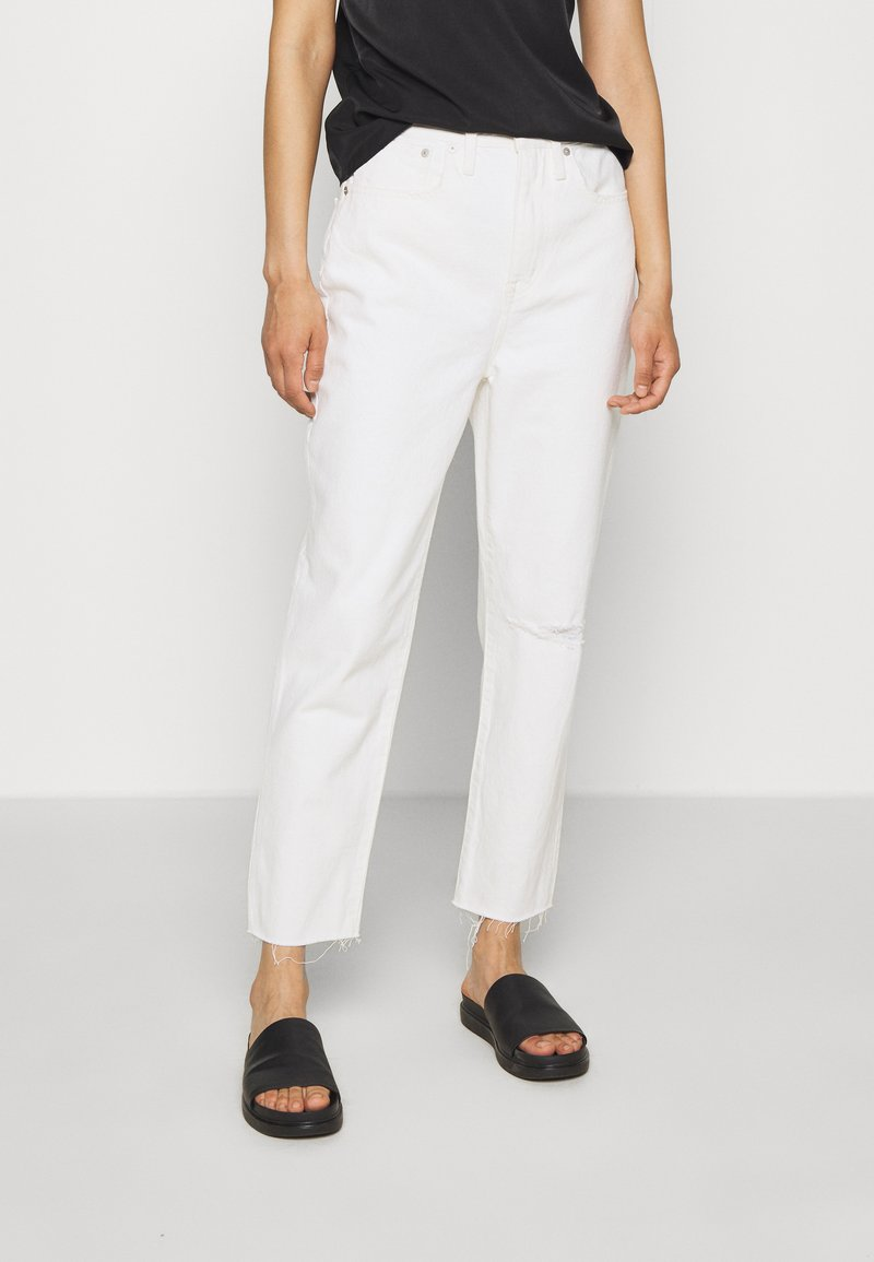 Madewell - MOM IN GRINDED RAW ADD RIPS - Relaxed fit jeans - tile white
