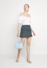 Even&Odd - Smocking mini mesh skirt - A-linjekjol - black/light blue - 1