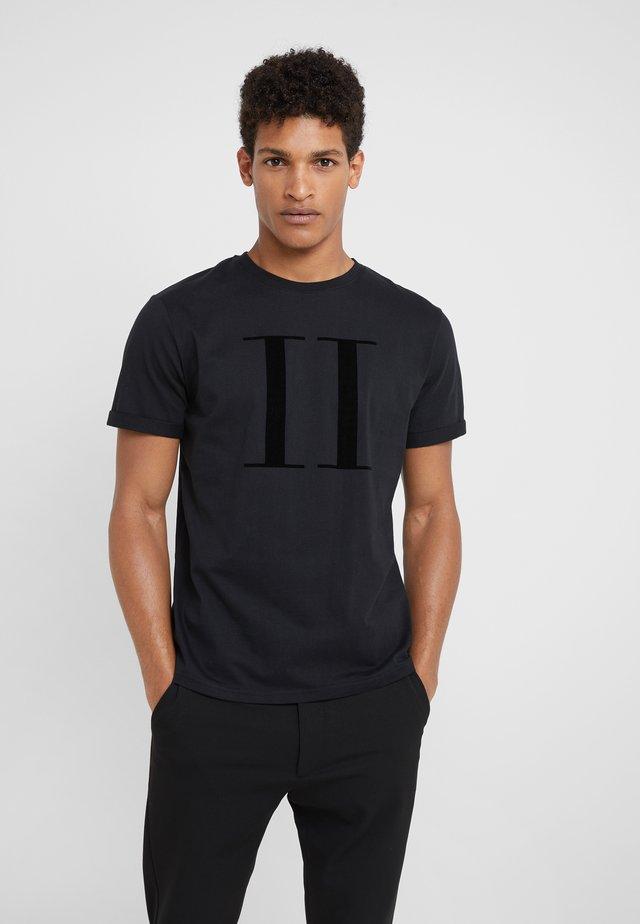 ENCORE  - T-shirt con stampa - black