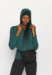 Arc'teryx - MANTIS 2 WAISTPACK - Bum bag - black - 2