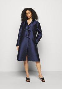 Alberta Ferretti - LONG JACKET - Klasický kabát - light blue - 3