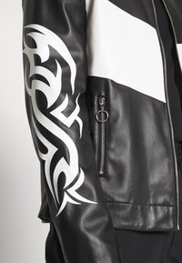 Jaded London - TRIBAL MOTORCROSS VEGAN JACKET - Faux leather jacket - black/white - 5