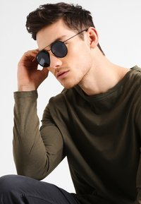 Ray-Ban - Sunglasses - black - 0