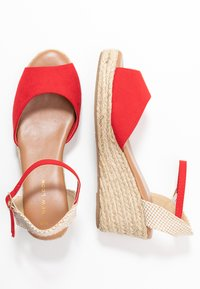 New Look - PAT - Sandály na platformě - bright red - 3