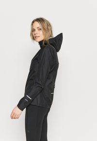 The North Face - FIRST DAWN PACKABLE JACKET - Veste Hardshell - black - 3