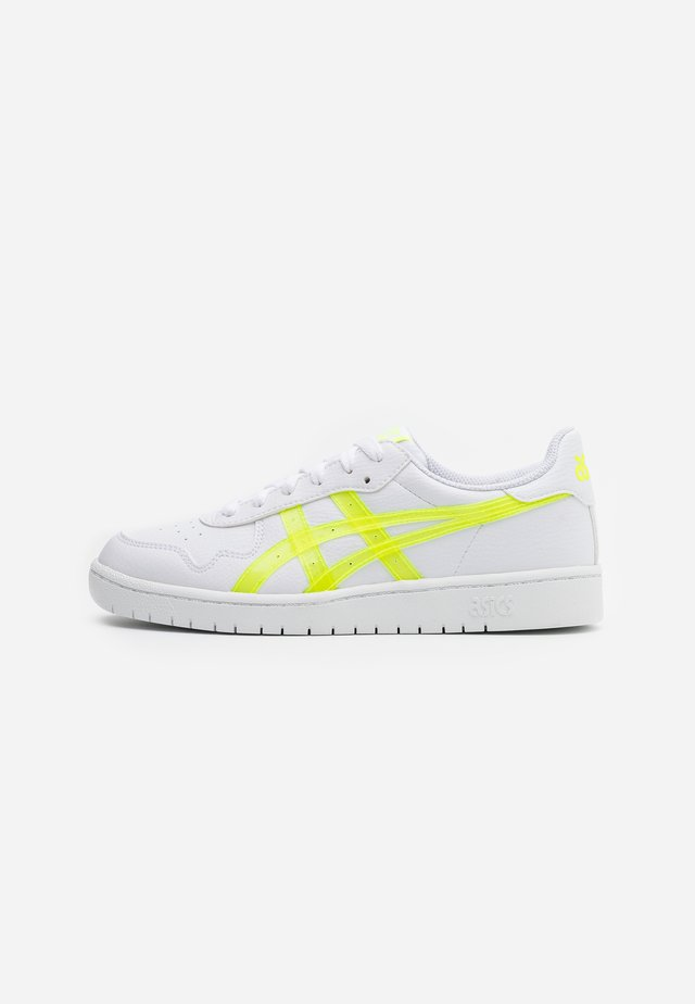 JAPAN  - Baskets basses - white/safety yellow