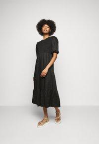 Faithfull the brand - ALBERTE DRESS - Denní šaty - plain black - 0