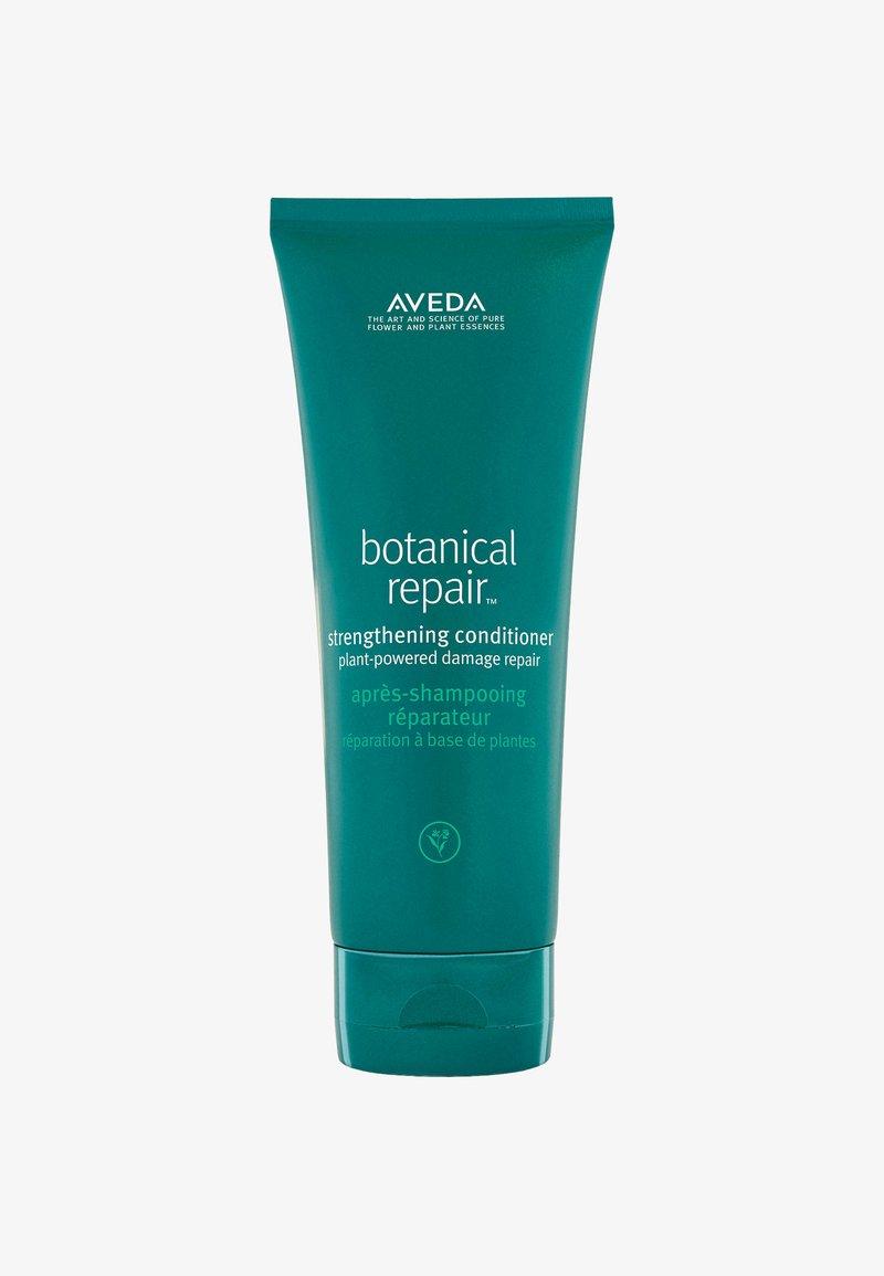 Aveda - BOTANICAL REPAIR™ STRENGTHENING CONDITIONER - Balsam - -