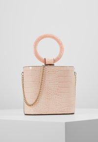 Topshop - GAZE GRAB - Håndtasker - pink - 0