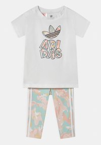 adidas Originals - TEE SET - T-shirt imprimé - white bottom/pink tint/multicolor - 0