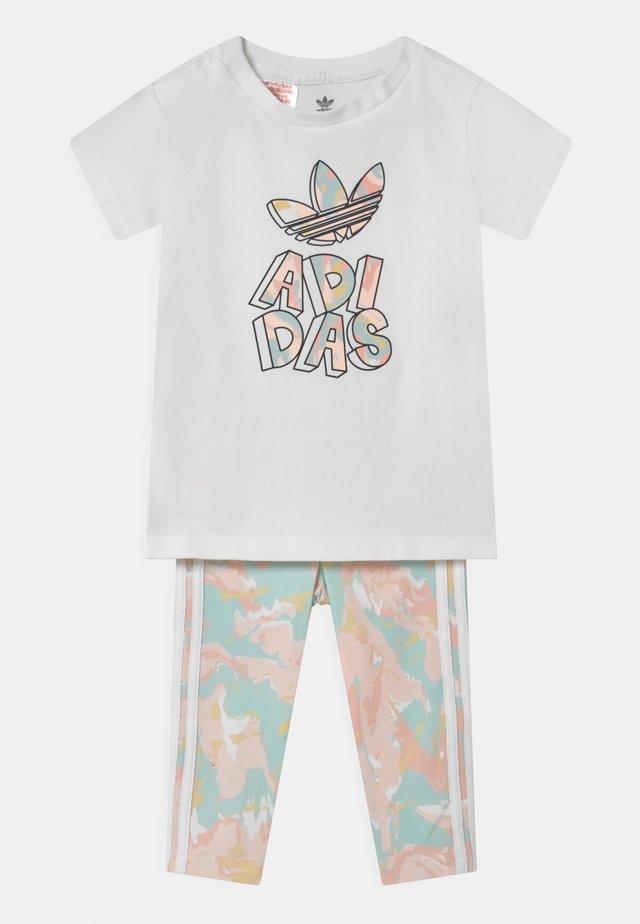 TEE SET - Print T-shirt - white bottom/pink tint/multicolor