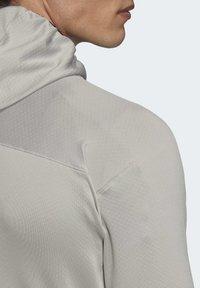 adidas Performance - TRACEROCKER HOODED FLEECE JACKET - Fleecejacke - grey - 7