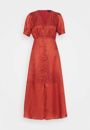 Maxi šaty - pink