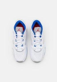Jordan - 2700 POINT LANE - Baskets basses - white/hyper royal/light smoke grey/university red - 5