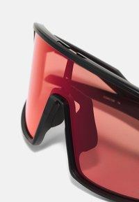 Oakley - SUTRO UNISEX - Sonnenbrille - matte black - 6