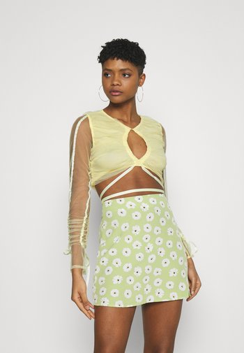 RUCHED CUT OUT - Blouse - yellow