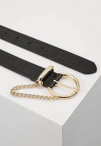 Topshop - CROC CHAIN BELT - Belt - black - 2