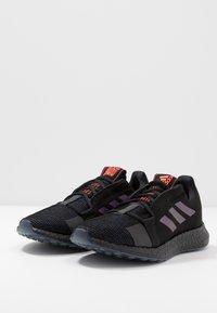 adidas Performance - PUREBOOST SENSEBOOST RUNNING SHOES - Obuwie do biegania treningowe - core black/blue vision metalic - 2