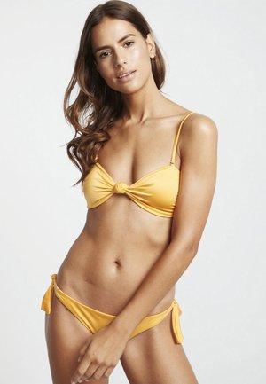 S.S KNOTTED  - Bikini top - mango