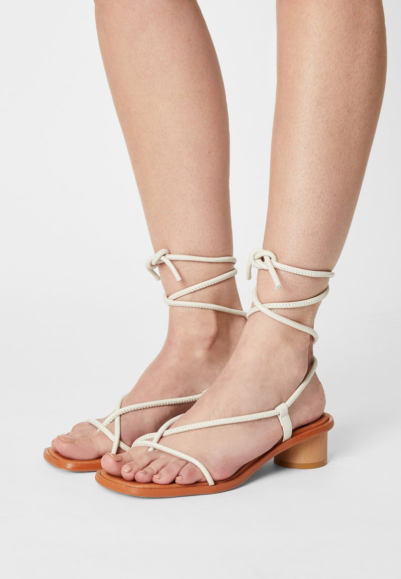 ÁNGEL ALARCÓN - T-bar sandals - nacre