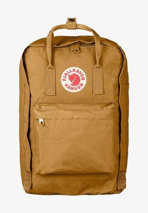 "KÅNKEN - 17"" laptop sleeve - Rucksack - acorn (27173-166)"