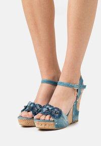 Laura Biagiotti - Platform sandals - splash blue - 4