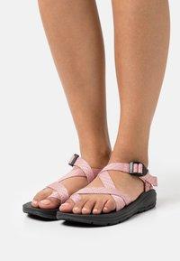 Madden Girl - SUN - Sandály s odděleným palcem - blush - 0