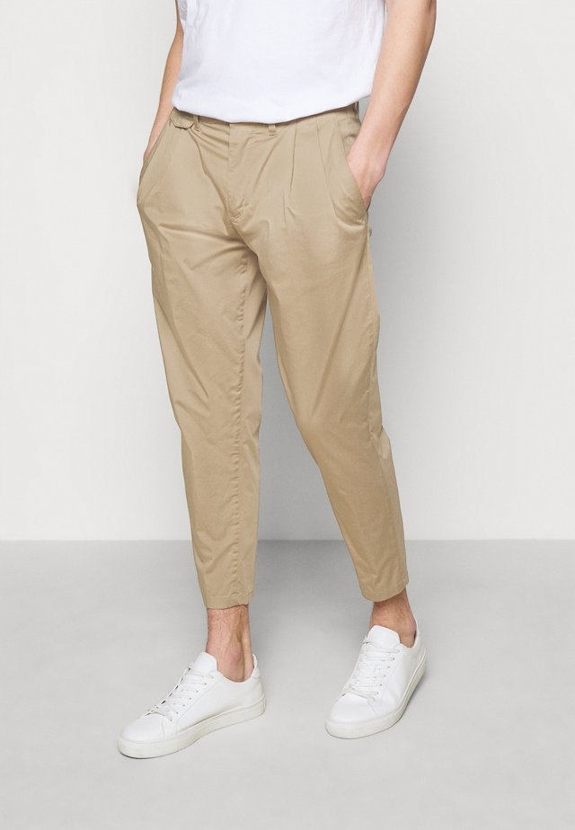 NOSH - Kalhoty - beige