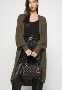 Guess - MELISE BOX SATCHEL - Handbag - black - 1