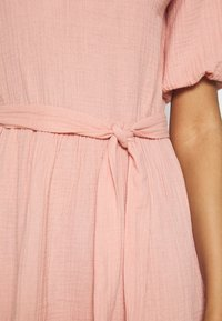 NA-KD - VNECK SHORT SLEEVE DRESS - Day dress - dusty pink - 5