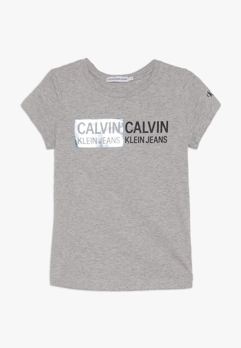 Calvin Klein Jeans - STAMP LOGO SLIM FIT - Camiseta estampada - grey