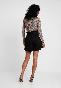 NA-KD - PAPER BAG - Denim shorts - black - 2