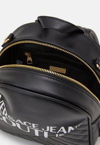 Versace Jeans Couture - SMALL BACKPACK LOGO - Rucksack - nero - 2
