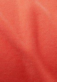 Esprit - CAPRI - Slim fit jeans - coral - 5