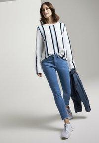 TOM TAILOR DENIM - Jeans Skinny Fit - azure blue denim - 1