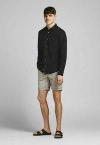 Jack & Jones PREMIUM - Formal shirt - black - 1