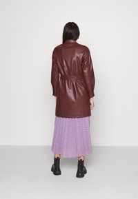 Topshop - BELTED SHAKETT - Short coat - burgundy - 2