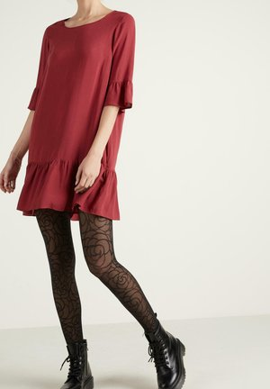 Day dress - rosso rubino