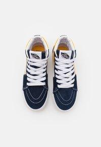 Vans - SK8 UNISEX - High-top trainers - dress blue/saffron - 3