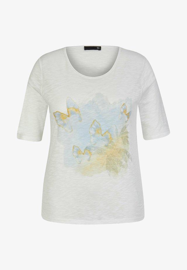 MAILI - MED FJÄRILAR - T-shirt med print - nature