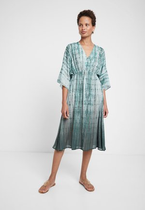 CENDRA - Sukienka letnia - green