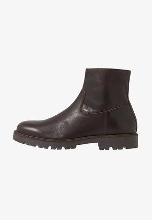Zimní obuv - brown