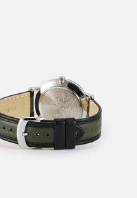 Versace Watches - ESSENTIAL UNISEX - Reloj - green - 1